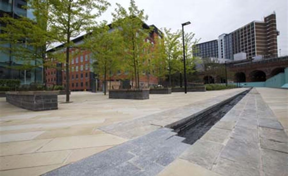 Public Realm TS78-Sovereign _Square _Leeds